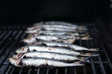 photo-of-raw-fish-on-grill-1321124
